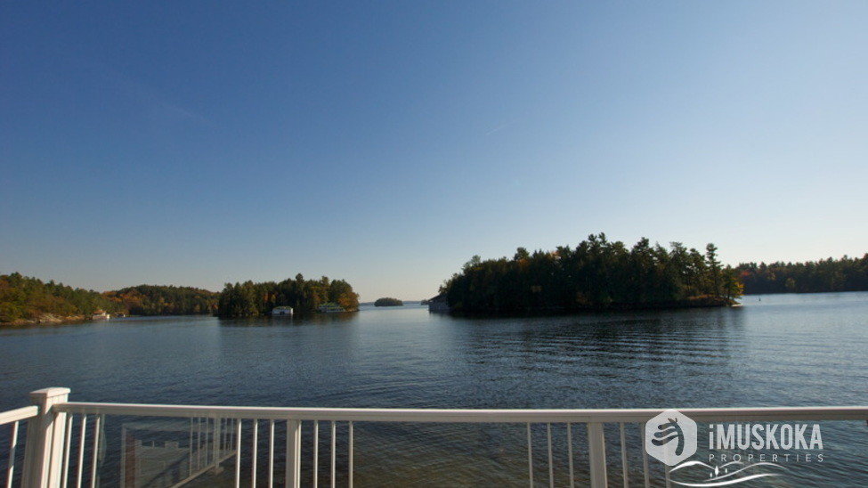 Island Dotted Views Old Muskoka islands are part of what makes up Beaumaris.