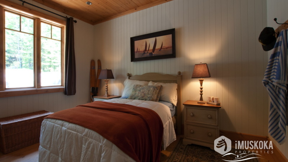 Inviting Guest Bedrooms